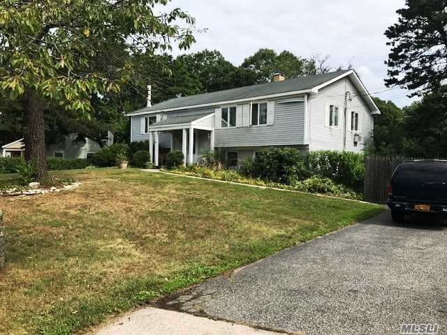 3 Wilmont Turn Rd, Coram, NY - USA (photo 2)