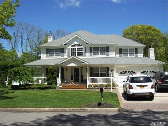 21 Flagpole Ln, Setauket, NY - USA (photo 2)