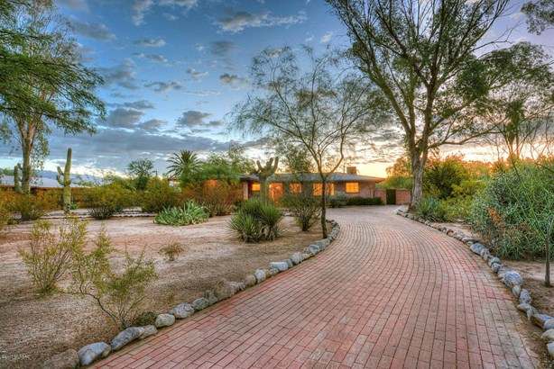 836 N Corinth Avenue, Tucson, AZ - USA (photo 1)