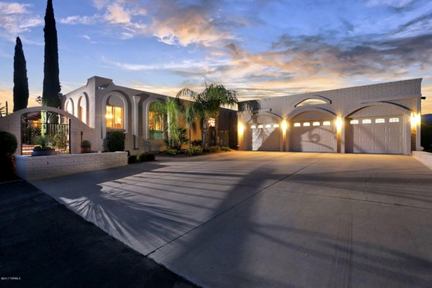 2600 N Amberwood Drive, Tucson, AZ - USA (photo 1)