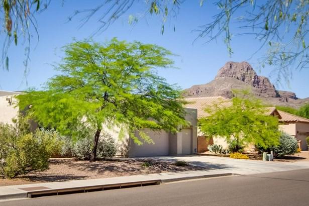 8222 N Sombrero Point Drive, Tucson, AZ - USA (photo 1)