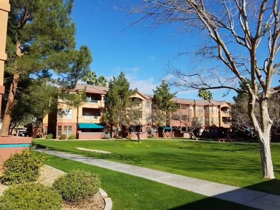 14950 W Mountain View Blvd - Unit 4111, Surprise, AZ - USA (photo 1)