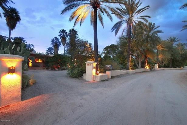 6431 N Treasure Drive, Tucson, AZ - USA (photo 1)