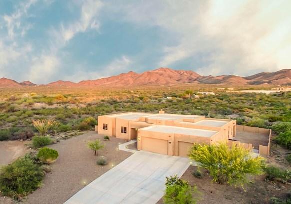 9442 E Purple Orchid Place, Corona De Tucson, AZ - USA (photo 1)