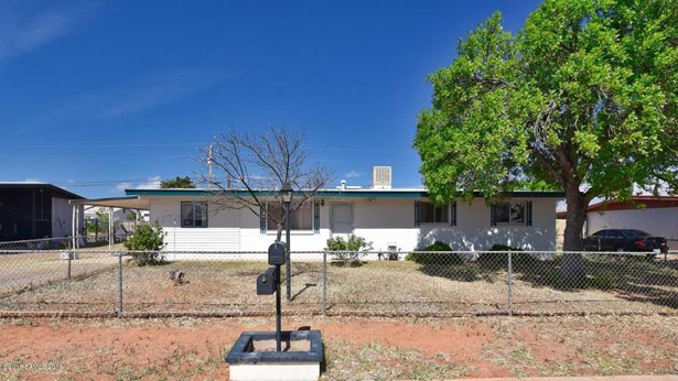 107  2nd Street, Huachuca City, AZ - USA (photo 1)