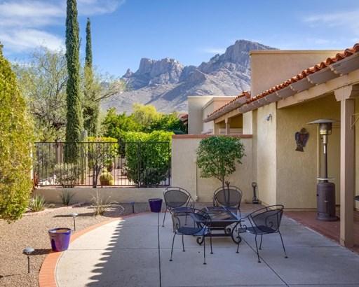 1061 E Camino Diestro, Oro Valley, AZ - USA (photo 1)