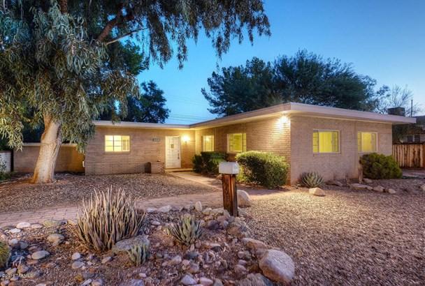 2221 E 9th Street, Tucson, AZ - USA (photo 1)