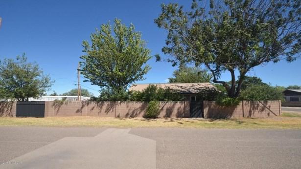 401 E Navajo Street, Huachuca City, AZ - USA (photo 1)