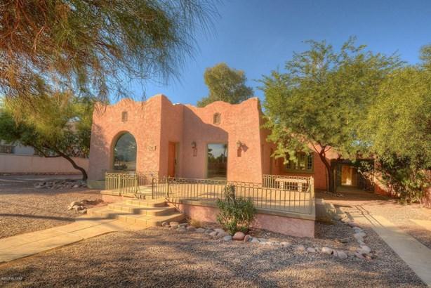 935 N Tucson Boulevard, Tucson, AZ - USA (photo 1)