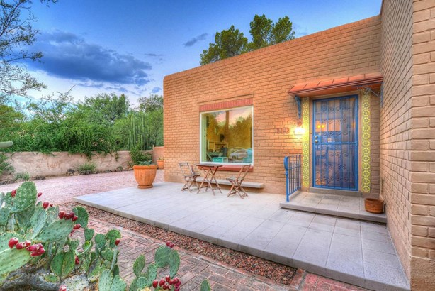 110 S Bryant Avenue, Tucson, AZ - USA (photo 1)