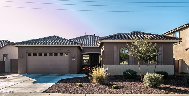 1103 E Buckingham Ave, Gilbert, AZ - USA (photo 1)