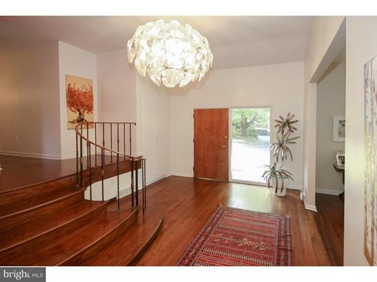 Single Family Residence, Contemporary - PHILADELPHIA, PA (photo 2)