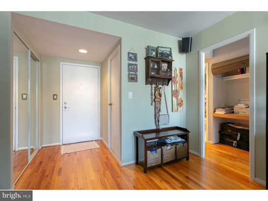 Unit/Flat, Contemporary - PHILADELPHIA, PA (photo 5)