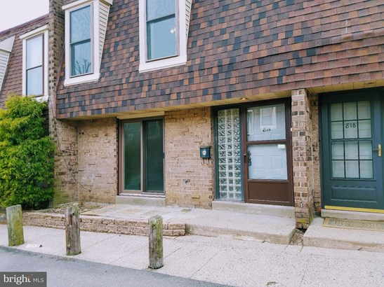 Row/Townhouse, Contemporary - PHILADELPHIA, PA (photo 2)