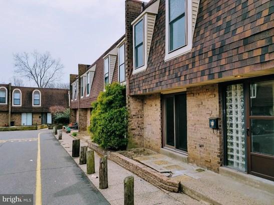 Row/Townhouse, Contemporary - PHILADELPHIA, PA (photo 4)