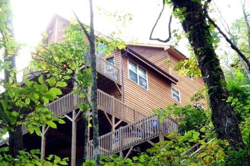 2 1/2 Story,Residential, Cabin - Speedwell, TN (photo 3)
