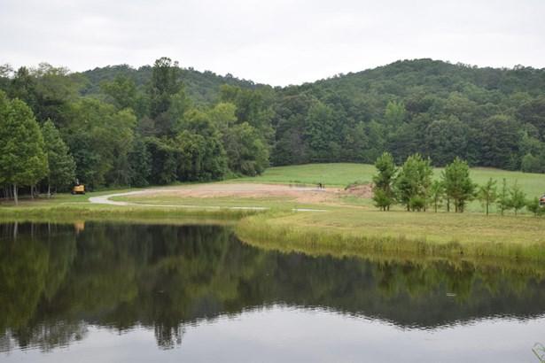 Farm,Recreational,Rural,Single Family - Philadelphia, TN