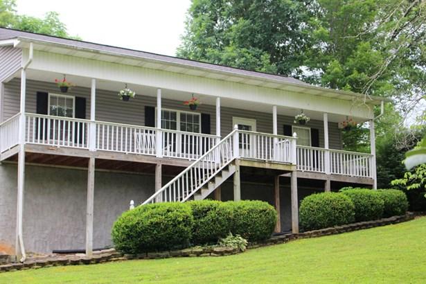 Basement Ranch,Residential, Contemporary - Jacksboro, TN (photo 3)