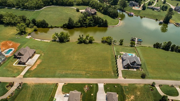 Lake Front,Single Family,Waterfront Access - Louisville, TN (photo 1)