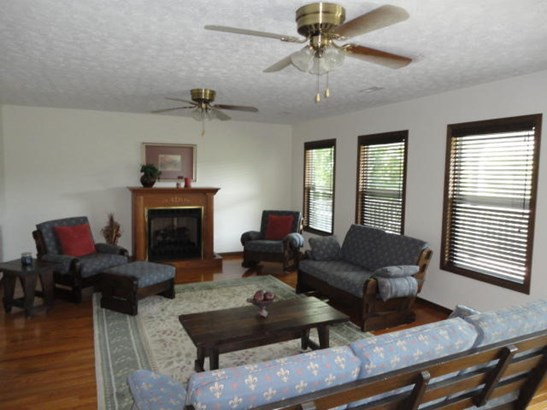 Basement Ranch,Residential, Traditional - Caryville, TN (photo 3)