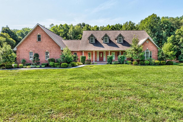 1 1/2 Story,Residential, Traditional - Lafollette, TN (photo 1)
