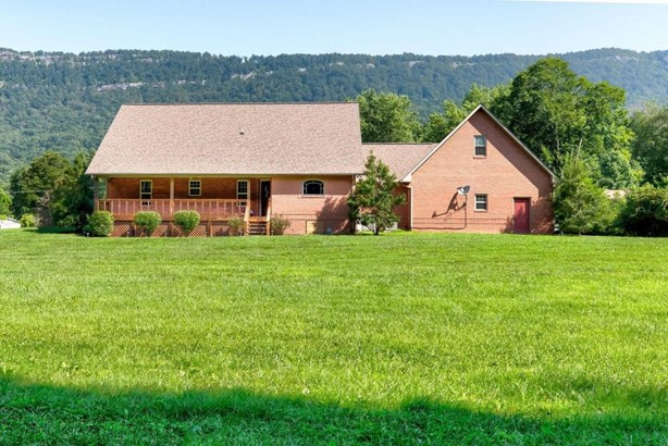 1 1/2 Story,Residential, Traditional - Lafollette, TN (photo 4)