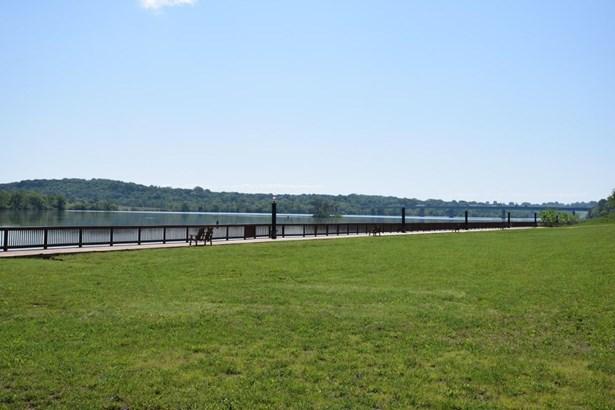 Single Family,Waterfront Access - Loudon, TN (photo 5)