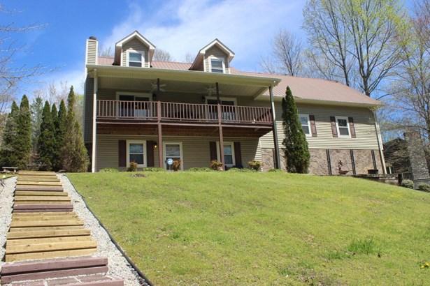 Traditional, 2 Story Basement,Residential - Jacksboro, TN (photo 1)