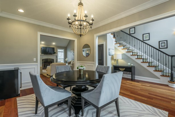 Traditional, 2 Story Basement,Residential - Knoxville, TN (photo 5)