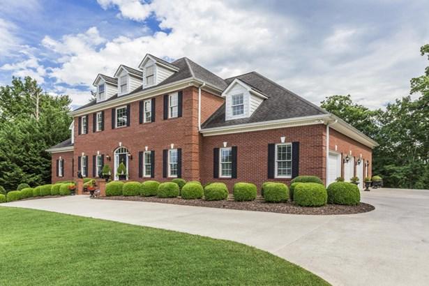 Traditional, 2 Story Basement,Residential - Oak Ridge, TN (photo 2)