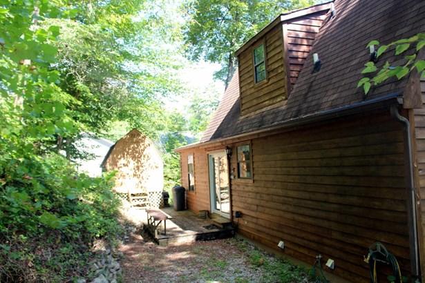 Cabin, 2 Story Basement,Residential - Lafollette, TN (photo 2)