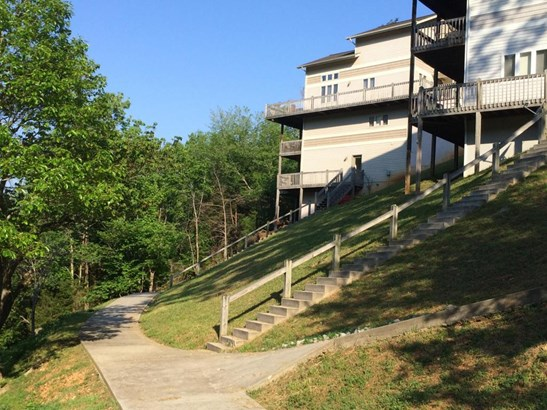 2 Story,Residential, Chalet - Lafollette, TN (photo 1)