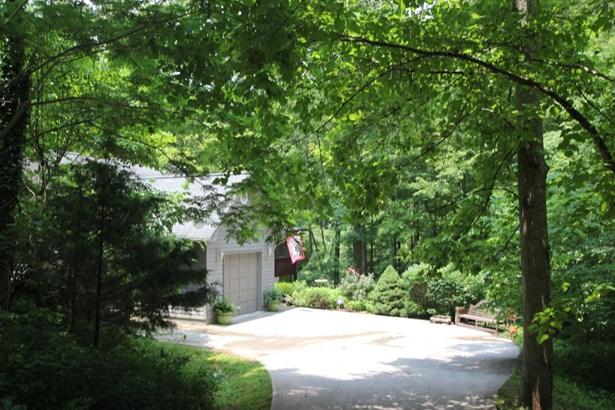 2 1/2 Story,Residential, Cabin - Lafollette, TN (photo 2)