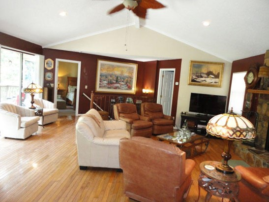 Basement Ranch,Residential, Traditional - Lafollette, TN (photo 4)