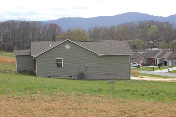 Ranch,Residential, Traditional - Jacksboro, TN (photo 2)