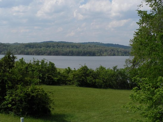 Lake Front,Recreational,Rural,Single Family,Waterfront Access (photo 1)