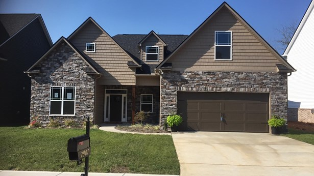 2 Story,Residential, Craftsman - Knoxville, TN