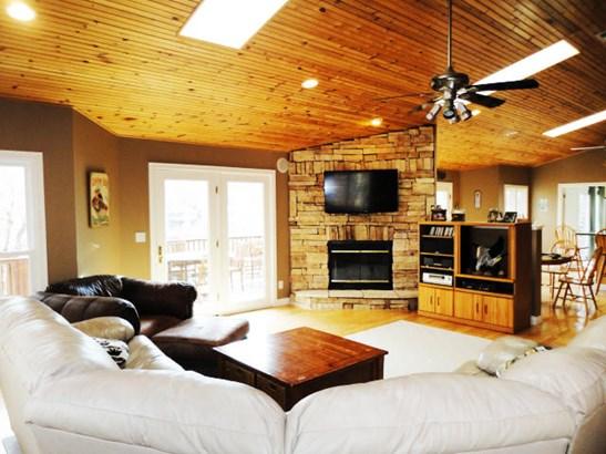 Log, Basement Ranch,Residential - Jacksboro, TN (photo 4)