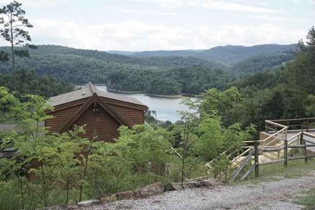 Cabin, 2 Story Basement,Residential - New Tazewell, TN (photo 4)