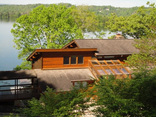 2 Story,Residential, Log,Single Wide - Lafollette, TN (photo 1)