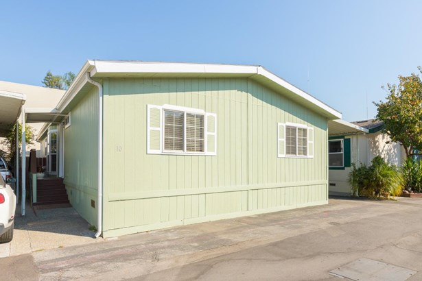 Double Wide Mobile Home - SCOTTS VALLEY, CA