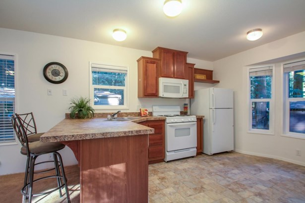 Residential Mobile Home - FELTON, CA (photo 3)