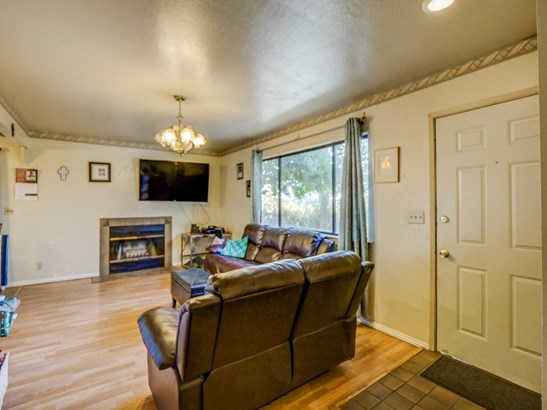 Residential - WATSONVILLE, CA (photo 4)