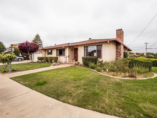 Single Family Home, Ranch - WATSONVILLE, CA