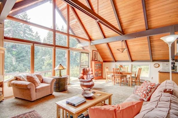 Single Family Home, Cabin - WATSONVILLE, CA