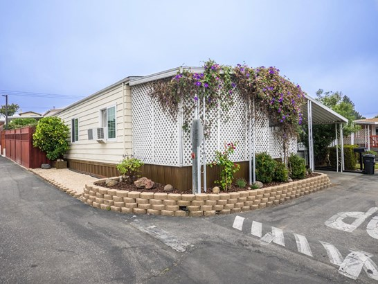 Residential Mobile Home - WATSONVILLE, CA (photo 5)