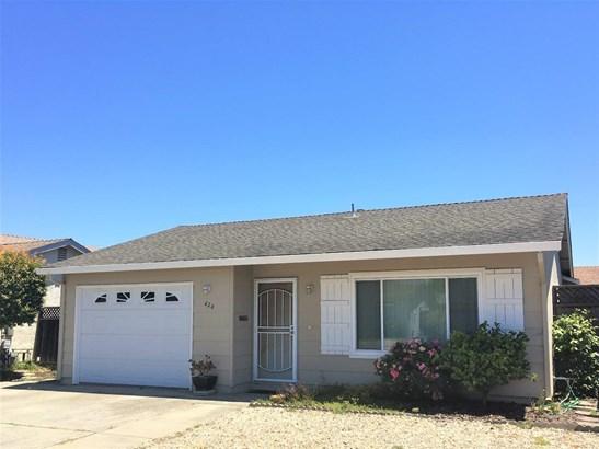 Ranch, Detached - WATSONVILLE, CA