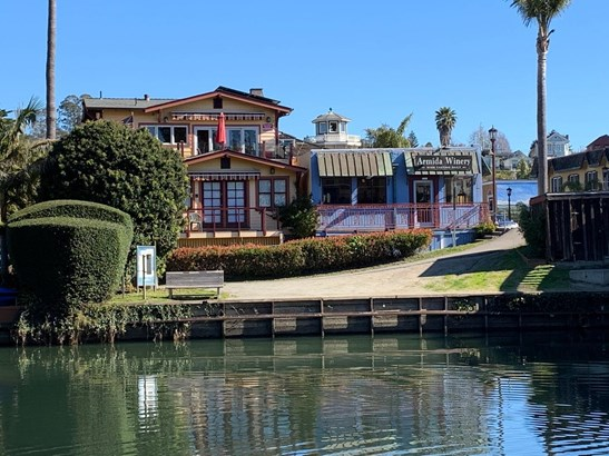 Single Family Home - CAPITOLA, CA