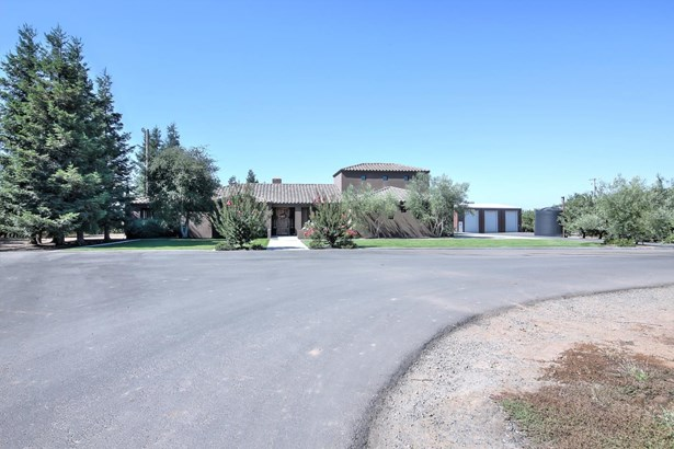 Residential - HICKMAN, CA (photo 1)