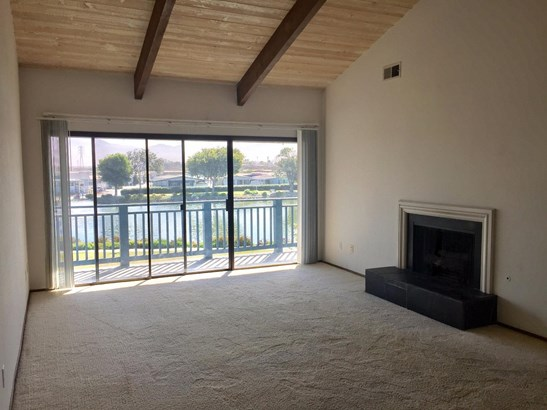 Residential, Contemporary - SALINAS, CA (photo 2)